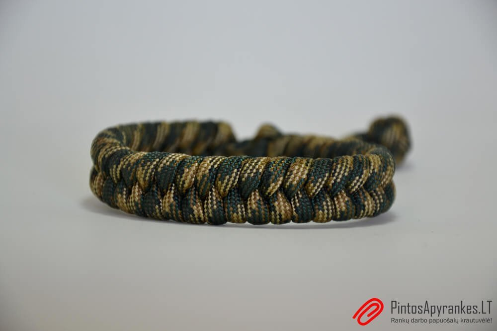 "Paracord apyrankė ""Fishtail Woodland Camo"""